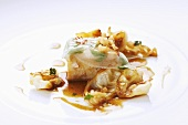 Napkin dumpling with white cabbage and lardo