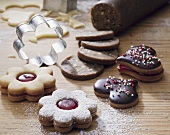 Jam biscuits, chocolate hearts & Brune Kager (brown cookies)
