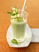 Cucumber buttermilk smoothie