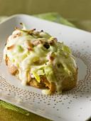 Tartine Savoyarde (Onion, bacon & toasted cheese on bread)