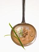 Montignac Diet: shrimps in cream sauce
