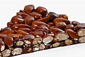 Almond brittle (close-up)
