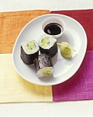 Maki sushi with avocado & ginger dip