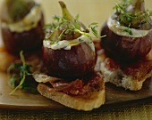 Baked figs with mascarpone and San Daniele ham