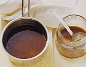 Basic brown sauce with red wine and balsamic vinegar