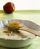 Kartoffel-Apfel-Suppe mit Krabben