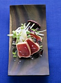 Roasted tuna with apple and radish salad