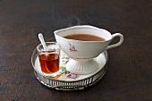 English caramel tea