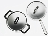 Pan and frying pan with lids