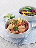 Chili-Garnelen mit Limetten, Koriander und Gemüse
