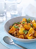 Cannellini beans with chick-peas and potatoes