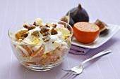Salat mit Mandarinen, Chicoree und Feigen