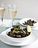 Mussels with cooking liquid