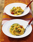 Spaghetti zucchini e zafferano (Spaghetti with saffron courgettes)