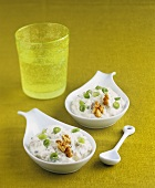 Quark with vegetables and walnuts