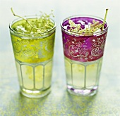 Elderflower juice in two glasses