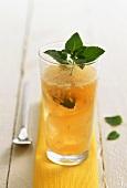 Lemon and ginger drink