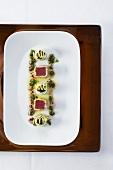 Sushi auf bayerische Art mit Thunfisch und Gurke