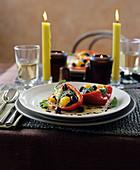 Vegetarisch gefüllte Paprikaschote
