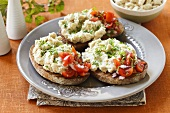 Toast with sesame paste and tomatoes