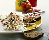 Kohlrabi & apple salad with grains of wheat & mozzarella