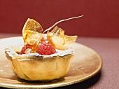 Raspberry tart with caramel
