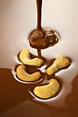 Cashew nuts with melted chocolate