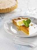 Carrot tart with cream and agave syrup