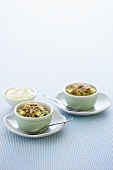 Apple and kiwi fruit crumble