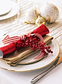 Place-setting with Christmas decoration
