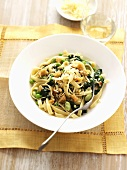 Pasta primavera with almonds and cheese