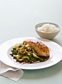 Salmon fillet with pak choi, enoki mushrooms and rice