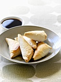 Samosas with chick-pea filling