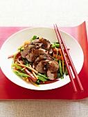 Roast pork with stir-fried vegetables (China)