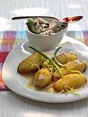 Lemon potatoes with tuna in creamy dressing