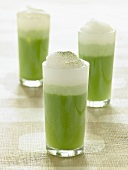 Matcha latte (Green tea with milk froth)