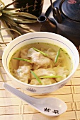 Wontons in clear broth (China)