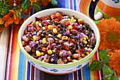 Vegetable salad with sweetcorn and wild rice (Mexico)