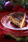 Cheesecake with raisins for Christmas