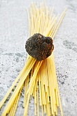 Black truffle on spaghetti