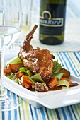 Rabbit leg with carrots and leeks