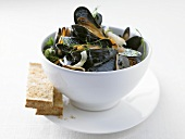 Mussels in aquavit and onion broth (Scandinavia)