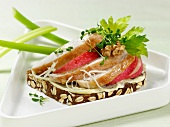 Open sandwich of chicken, apple and cress