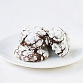 Chocolate and nut macaroons