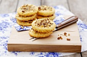 Cheese biscuits with walnuts and cumin