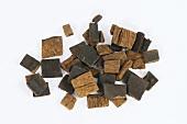 Eucommia bark (Eucommiae Cortex)