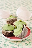 Chocolate cupcakes with pistachio cream