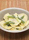 Ravioli alla salvia (Ravioli with sage butter, Italy)