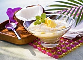 Vanilla blancmange with coconut and pineapple