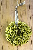 Hop door wreath